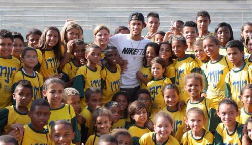 Neymar & KIds